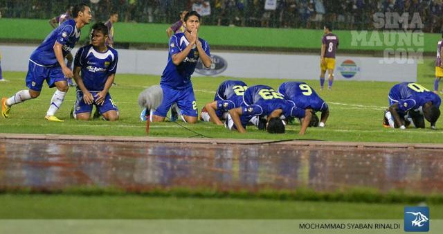 Selebrasi gol pamungkas : M. Ridwan (23)